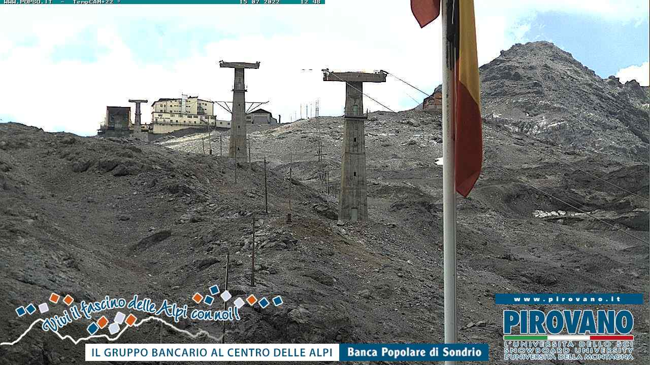 Webcam - Dal Passo verso le piste di sci, sul ghiacciaio